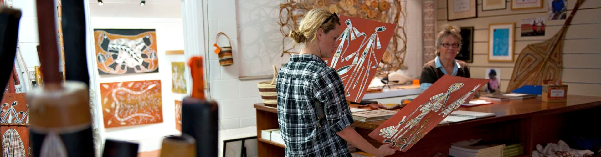 Injalak Arts and Crafts Centre – Displaying Australia's rich heritage